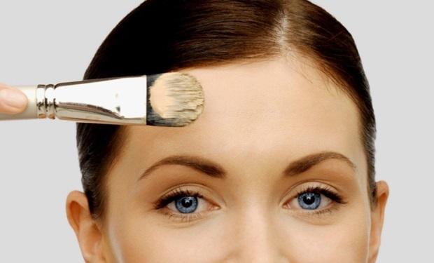 61001154-make-up-podloga-puder-tekuci-lice-korektor
