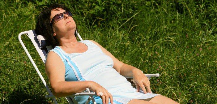 senior-relaxing-702x336